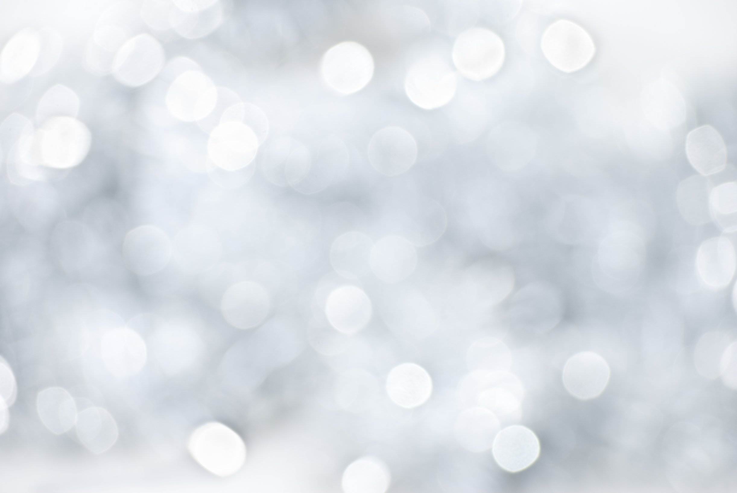 white-christmas-light-background.jpg «
